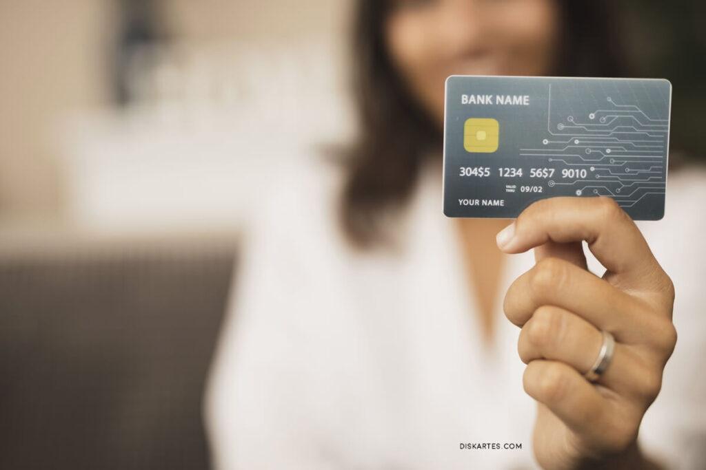 5 Alasan Salah Utang Kartu Kredit